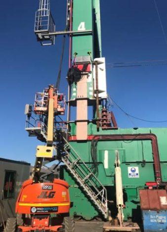 042376a9 5fd0 413d 8b5e 061e56188aa4 338x470 - Lyttelton Port Crane Raising