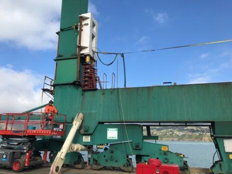 IMG 1002 470x353 - Lyttelton Port Crane Raising